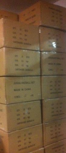 jonglierball-sets-kartons